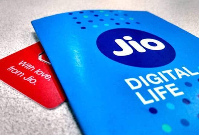 TRAI ने कहा Reliance Jio अबतक डाउनलोडिंग स्पीड में सब से टॉप पर
